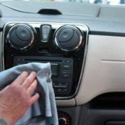 Cómo desinfectar el coche
